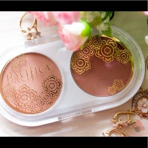 Pacifica Coconut Blush Duo BEAMING/TENDERHEART NEW